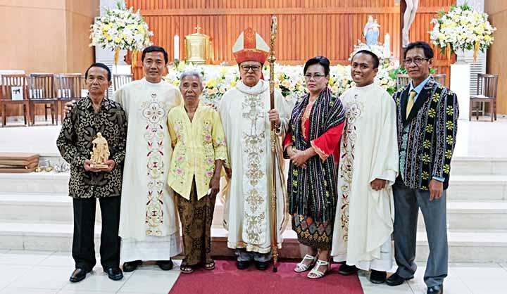 Hai tu sỹ Salêdiêng Don Bosco lãnh tác vụ Linh mục tại Jakarta – Indonesia với Châm ngôn 'Đây là con đường, hãy bước tới' (Is 30,21)