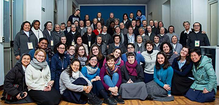 Các thành viên miền EAO tham dự những ngày linh đạo Salêdiêng