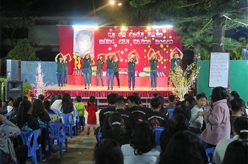 Xuân Ghi Ơn - Mừng lễ Cha Thánh Gioan Bosco: FMA Tân Hà