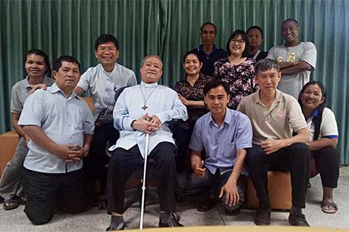 Các thành viên trong Hiệp hội Cộng tác viên Salêdiêng tại Cambodia chuẩn bị cho khóa đào luyện 2019 của miền EAO