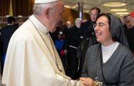 Sr. Alessandra Smerilli, FMA - Cố Vấn Nhà nước Vatican