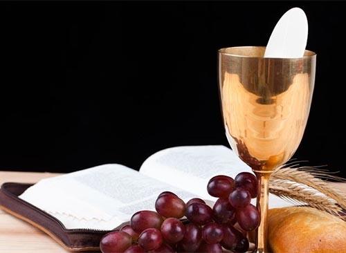 """Lễ Mình Máu Thánh Chúa: Thánh Thể Là Trung Tâm Đời Sống Kitô Hữu"""""""