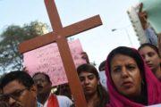 """Sáng kiến """"loan báo Tin Mừng từng nhà này sang nhà khác"""" ở Karachi"""