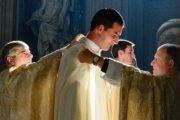 Định hướng về việc đào tạo linh mục trong bối cảnh hiện nay