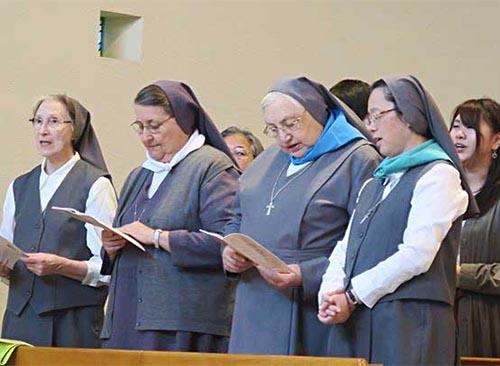 Cuộc gặp gỡ của các nhóm trong gia đình Salêdiêng tại Nhật bản, nhân chuyến viếng thăm của Mẹ Bề Trên Tổng quyền FMA