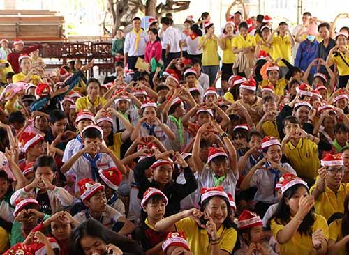 Chuyến tông đồ Giáng sinh - Lưu xá sinh viên FMA