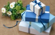 Quà tặng yêu thương