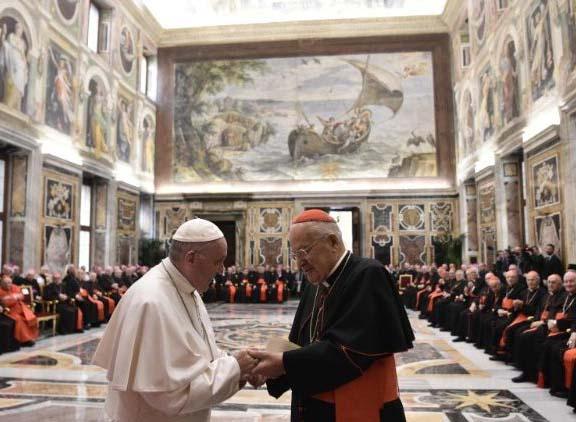 Chờ đợi những đổi mới trong Giáo Triều Roma