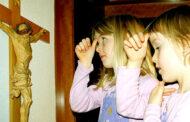 Dành cho trẻ em: Những cử chỉ trong cầu nguyện
