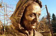 Nhân dịp tưởng nhớ ngày mất của Mẹ Margarita 25/11, các SDB cầu nguyện cho cha mẹ các hội viên đã qua đời,
