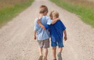 Một vài cách thức giúp trẻ phát triển sự đồng cảm